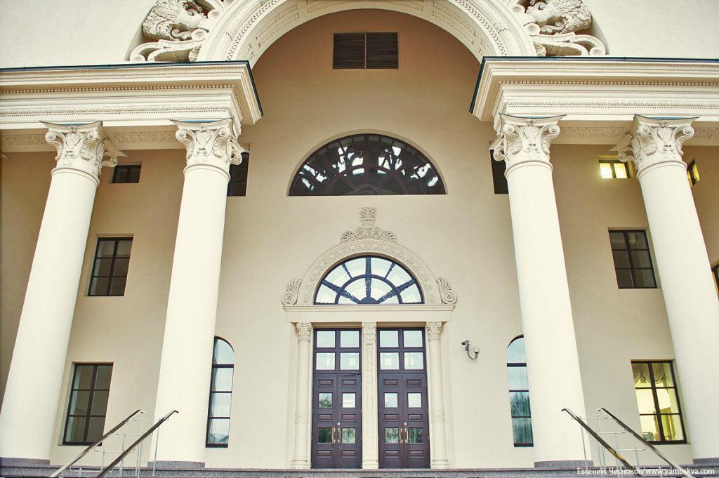 архитектурный фасадные колонны из стеклофибробетона